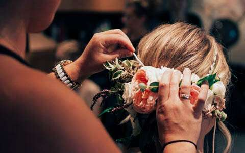 Headlines Salon And Day Spa Is Devoted To Making Brides Look Their Best At Wedding